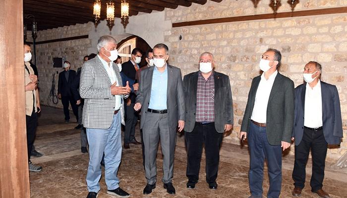 Adıyaman'da tarihi Tuz Hanı konuklarına hazırlanıyor