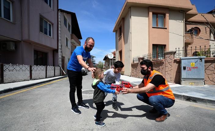 Sakarya'da çocuklara bayram hediyesi