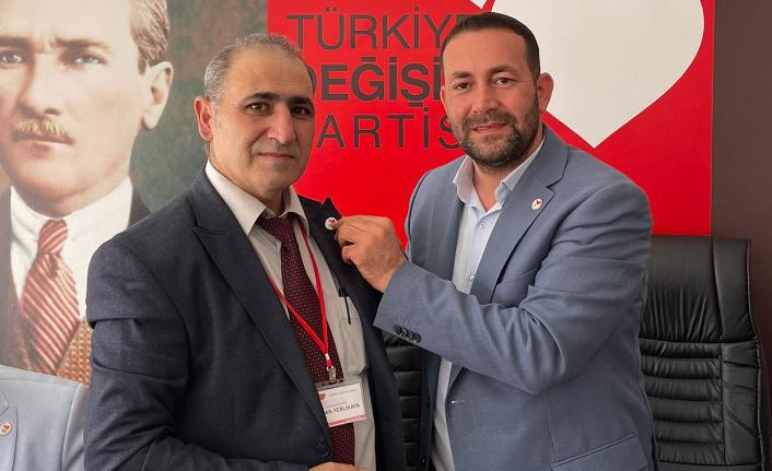Özcan Yerlikaya Türkiye Değişim Partisi İlçe Başkanı Seçildi