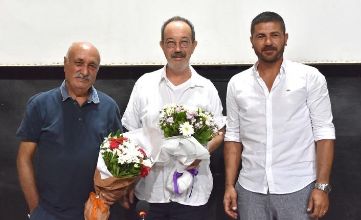İzmir Foça'da kitap günleri sürüyor
