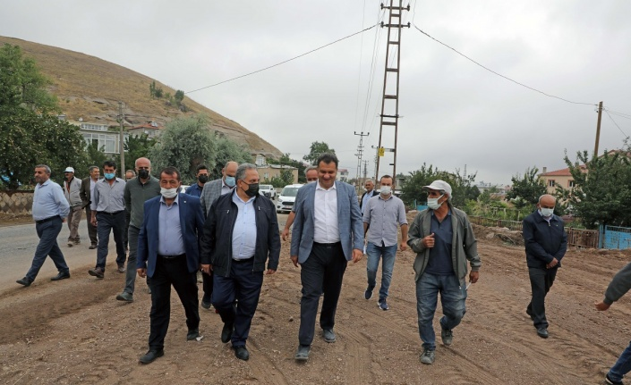 Mustafa Yalçın'dan çifte ziyaret