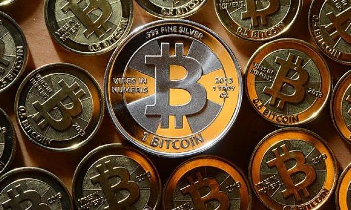 El Salvador'da Bitcoin tedavüle giriyor