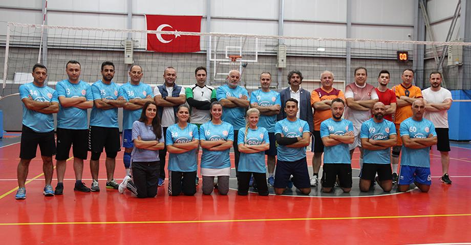 29 Ekim Cumhuriyet Kupası Voleybol Turnuvası Startı Verildi