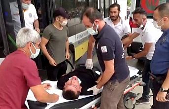 Bursa'da halk otobüsü şoförü fenalaşan yolcuyu güzergahını değiştirerek hastaneye yetiştirdi