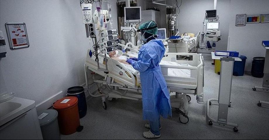 Türkiye'de son 24 saatte 7381 yeni hasta!