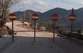 Heyelan Gemlik'te köy yolunu kapattı!