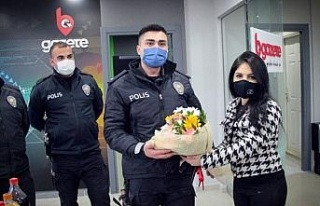 Bursa'da gazetecilerden polis ekiplerine 'ihbar'lı...