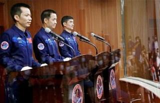 Çin'in yeni uzay istasyonuna ilk astronotlar gönderildi