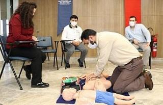 Kocaeli'de Hayrat İnsani Yardım üyelerine ilk...