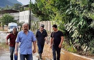 Bursa Yıldırım'dan sel bölgesine müdahale