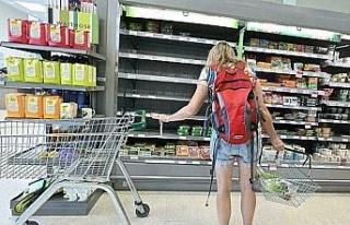 İngiltere'de marketlerde raflar boş kaldı!