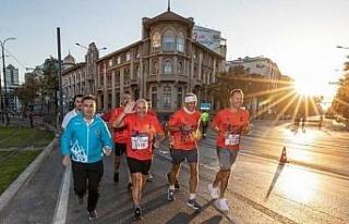 İzmir Maratonu'nda zafer Kenya ve Etiyopyalı...