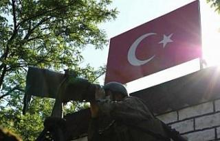 Yunanistan'a geçmeye çalışan 5 terörist...