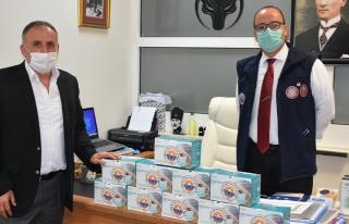Gemlik Belediyesi'nden esnafa 10 bin maske