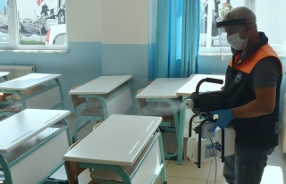 Sınıflara dezenfekte, hastaneye destek.!