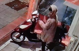 Gemlik'te Hırsız Kameralara Yakalandı