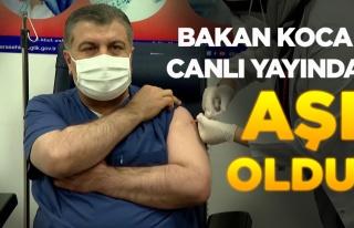Sağlık Bakanı Fahrettin Koca Canlı Yayında Aşı...