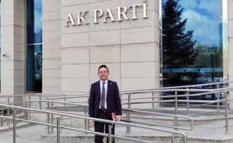AK Parti Bursa Milletvekili'nden Genel Merkez'e 'hayırlı olsun' ziyareti