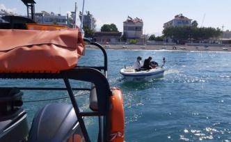 Muğla Fethiye'de bir tekne emniyetle limana yanaştırıldı
