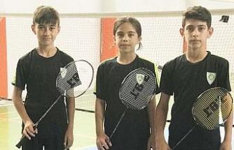 Manisalı 3 badmintoncu 'U15 Milli'ye seçildi