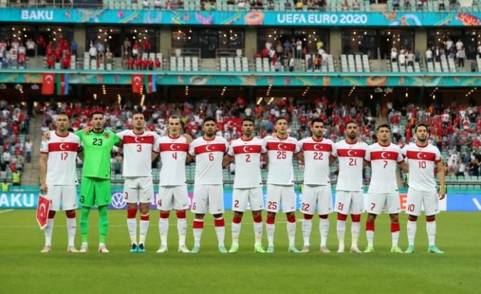 Türkiye-Karadağ maçının stadyumu değişti!