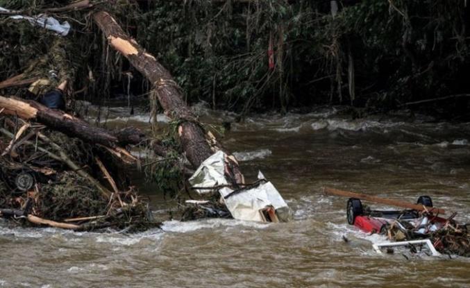 Almanya'da sel felaketinin bilançosu artıyor