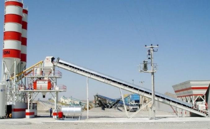 Didim'de mera alanında beton santrali çevreye zarar veriyor